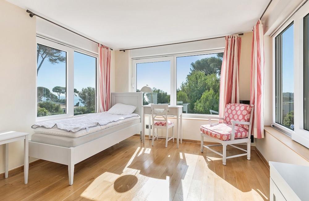 Appartamenti e ville in vendita roma - Camere da pranzo moderne ...